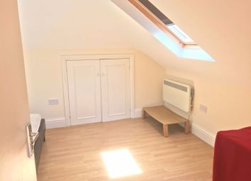 1 bed flat to rent in York Road, Ilford IG1
