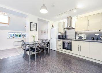 Thumbnail 1 bedroom flat to rent in Slipshatch Road, Reigate