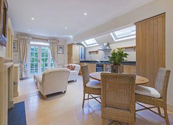 Thumbnail 2 bedroom flat to rent in Elbe Street, Fulham, London