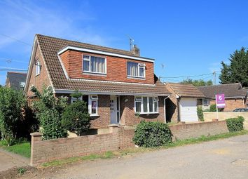 The Short, Purley On Thames, Reading RG8. 4 bed detached house