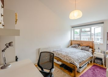 1 bed flat for sale in Conistone Way, Islington, London N7