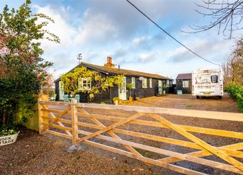 3 bed detached bungalow for sale in Keycol Hill, Newington, Sittingbourne, Kent ME9