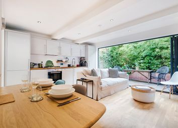 Thumbnail 2 bed flat to rent in Latchmere Road, Battersea