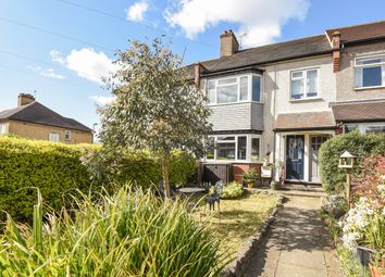 Thumbnail 1 bedroom maisonette for sale in Oakleigh Road North, London