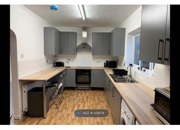 Thumbnail Room to rent in Shepherds Hill, Guildford