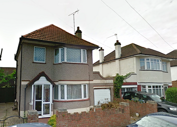Thumbnail 3 bed detached house to rent in Colonial Road, Feltham