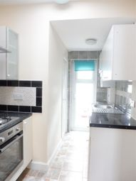 Thumbnail 1 bed flat to rent in Trafford Road, Thornton Heath