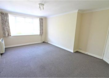 2 bed maisonette to rent in New River Crescent, London N13