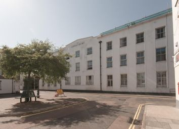 2 bed flat to rent in High Street, Deal CT14