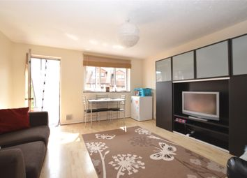 2 bed maisonette to rent in Veronica Gardens, London SW16