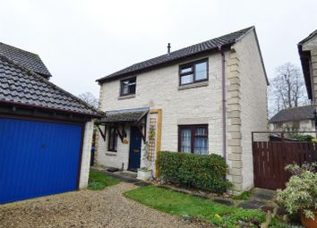 Thumbnail 3 bed detached house for sale in Magnolia Rise, Calne