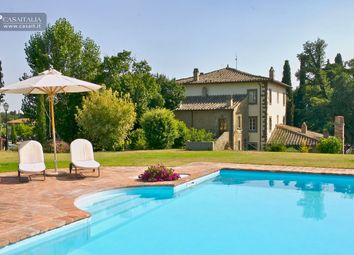 Thumbnail Hotel/guest house for sale in Cortona, Toscana, It