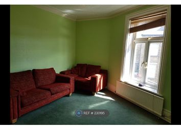 Thumbnail 4 bed flat to rent in Chellow Dene, Bradford