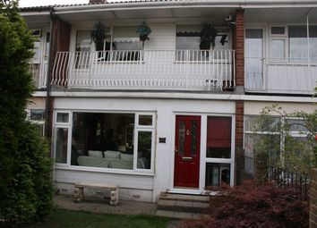 Thumbnail Room to rent in Cleveland Road, Canvey Island, Essex