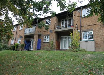Thumbnail 1 bed flat to rent in Malvern Close, High Wycombe