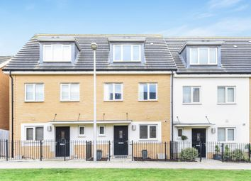 Thumbnail 3 bed town house for sale in Longships Way, Reading