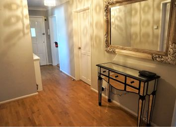 Thumbnail 3 bed flat to rent in Lindow Parade, Wilmslow