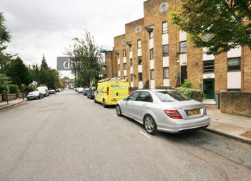 Thumbnail 3 bed flat to rent in Cleveland Road, Islington