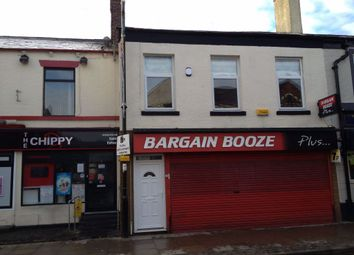 2 bed flat to rent in Market Street, Westhoughton, Bolton BL5