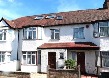 5 bed terraced house to rent in Boyne Aveune, London NW4