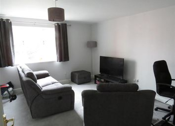 Thumbnail 2 bed flat to rent in Horn Book, Saffron Walden