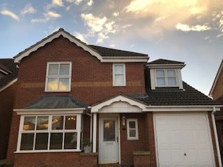 Thumbnail 2 bed detached house for sale in Cheltnham Close, Rushden
