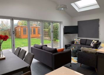 Thumbnail 4 bed detached house to rent in Chatsworth Drive, Banbury, Oxfordshire