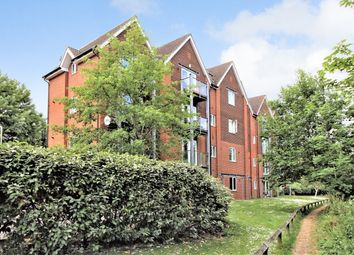 Thumbnail 1 bed flat to rent in The Lamports, Alton