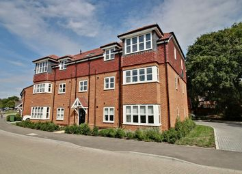 2 bed flat for sale in Waterside Lane, Sandhurst GU47