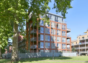 Thumbnail 2 bed flat to rent in Southwold Road, Hackney