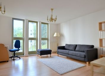 Thumbnail 2 bed flat to rent in Kensington Gardens Square, Notting Hill, London