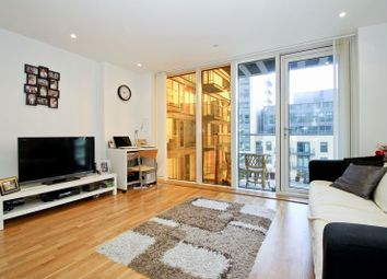 Thumbnail 1 bed flat to rent in Millharbour, London
