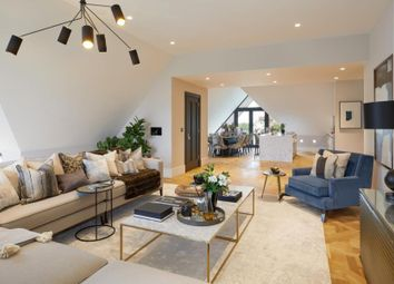 Thumbnail 5 bed flat to rent in Netherhall Gardens, Hampstead, London