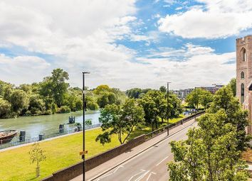 Thumbnail 1 bed flat for sale in Holland Gardens, Brentford