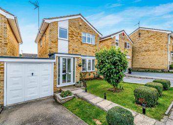 Thumbnail 3 bedroom detached house for sale in Waddesdon Close, Luton