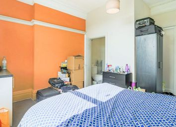 Thumbnail 1 bed flat to rent in Devonshire Street, Keighley