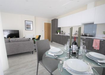 Thumbnail 2 bed flat for sale in Farringdon House, East Grinstead