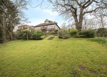 Thumbnail 5 bed detached house for sale in Applewood Close, Oakleigh Park, London