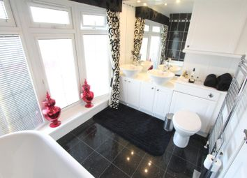 Thumbnail 2 bed mobile/park home for sale in Hinckley Road, Sapcote, Leicester