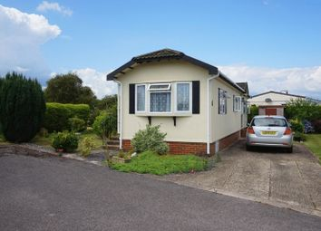 Thumbnail 1 bed mobile/park home for sale in Fourteenth Avenue, Holly Lodge, Lower Kingswood, Tadworth