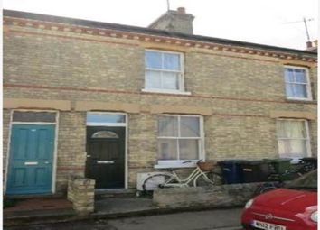 Thumbnail 2 bed property to rent in Young Street, Cambridge