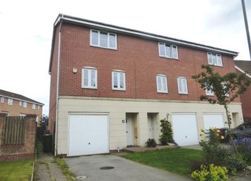 Thumbnail 4 bed town house for sale in Kingfisher Way, Scunthorpe