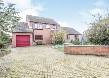 Thumbnail 4 bed detached house for sale in Victoria Close, Heacham, King's Lynn