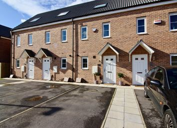 3 bed town house for sale in Union Drive, Doncaster DN5