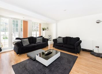 Thumbnail 2 bed flat to rent in Basement Flat, Fassett Road, Kingston Upon Thames