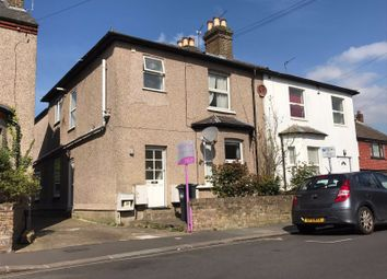 2 bed maisonette to rent in Inwood Road, Hounslow TW3