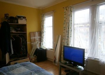 Thumbnail Room to rent in Chobham Road, London