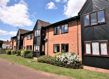 Thumbnail Flat for sale in The Beeches, Park Street, St. Albans