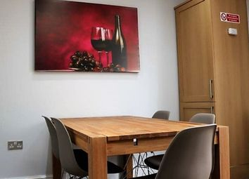 Thumbnail Studio to rent in Icknield Drive, Gants Hill Ilford