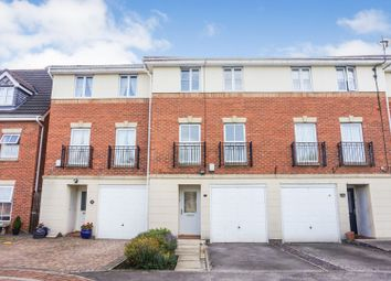 Thumbnail 3 bed town house for sale in Weavers Chase, Wakefield